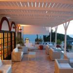 Cavos Bay Hotel And Studios