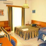 Grikos Hotel - Triple Room