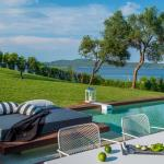 Avaton Luxury Villas Resort