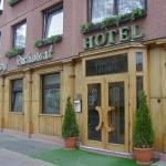 Hotel Gloria Front