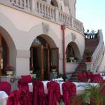 Carol Parc Hotel