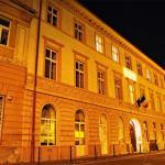 Residence Hirscher by Night