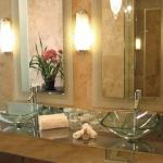 Colona Castle - Bathroom